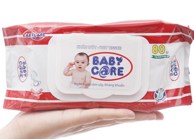 Khăn giấy ướt Baby Care - dễ dàng sử dụng