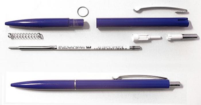 Muốn viết chữ đẹp hãy chọn bút bi