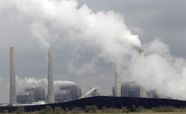 giảm bớt ô nhiễm không khí từ việc sử dụng giấy tái chế